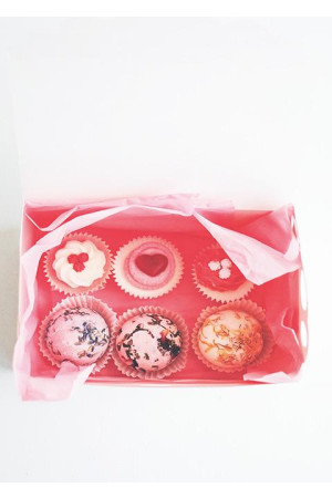 gift set - gorgeous bath sweets mix